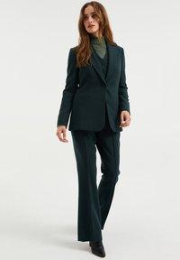 WE Fashion - REGULAR FIT - Blazer - moss green - 1