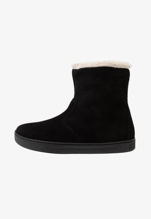 LILLE - Winter boots - black