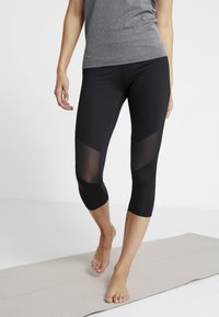 Hunkemöller - CAPRI - 3/4 sports trousers - black - 0