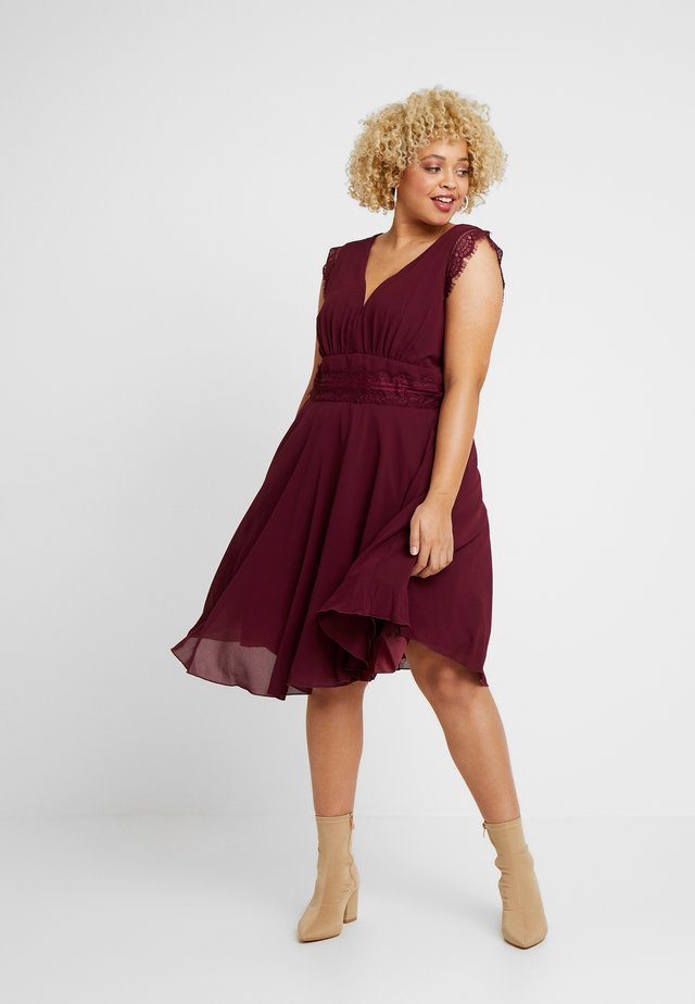 VIVICA DRESS - Cocktail dress / Party dress - burgundy