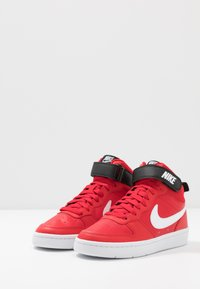 Nike Sportswear - COURT BOROUGH MID UNISEX - High-top trainers - university red/white/black - 3