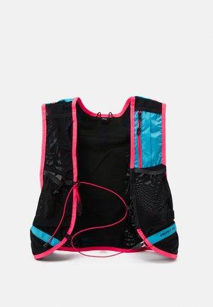 VERT UNISEX - Hydration rucksack - silvretta/fluo pink