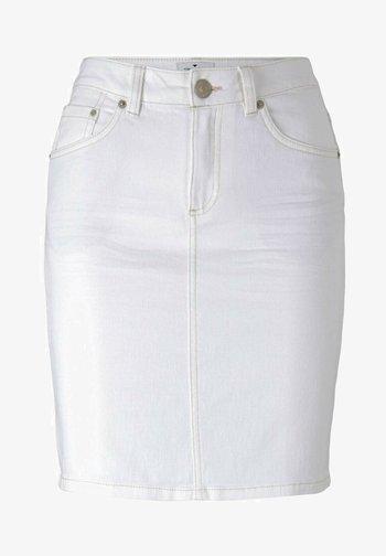 Pencil skirt - whisper white