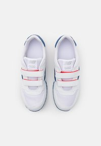 New Balance - YV500WRB UNISEX - Trainers - white/red - 3