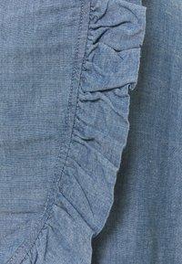 Vero Moda - VMAKELA FLOUNCE - Minifalda - medium blue - 2