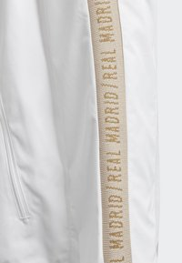 adidas Performance - REAL MADRID ANTHEM JACKET - Club wear - white - 4