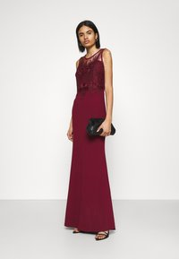 WAL G. - DAISY EMBELLISHED DRESS - Occasion wear - wine - 1