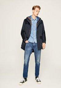 Pepe Jeans - CALLEN  - Straight leg jeans - blue denim - 1