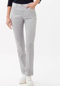 BRAX - STYLE CAROLA - Straight leg jeans - grey - 0
