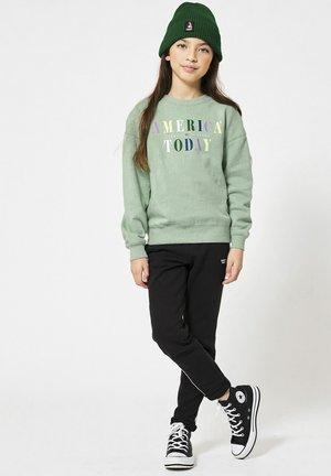 Sweater - mint