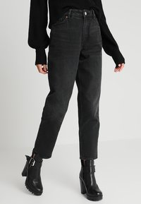 Monki - TAIKI  - Jeansy Relaxed Fit - black - 0