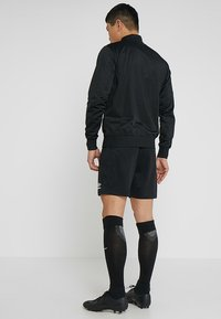 Umbro - CLUB SHORT - Sports shorts - black - 2