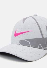 Nike Golf - AROBILL - Gorra - photon dust/dust/hyper pink - 3