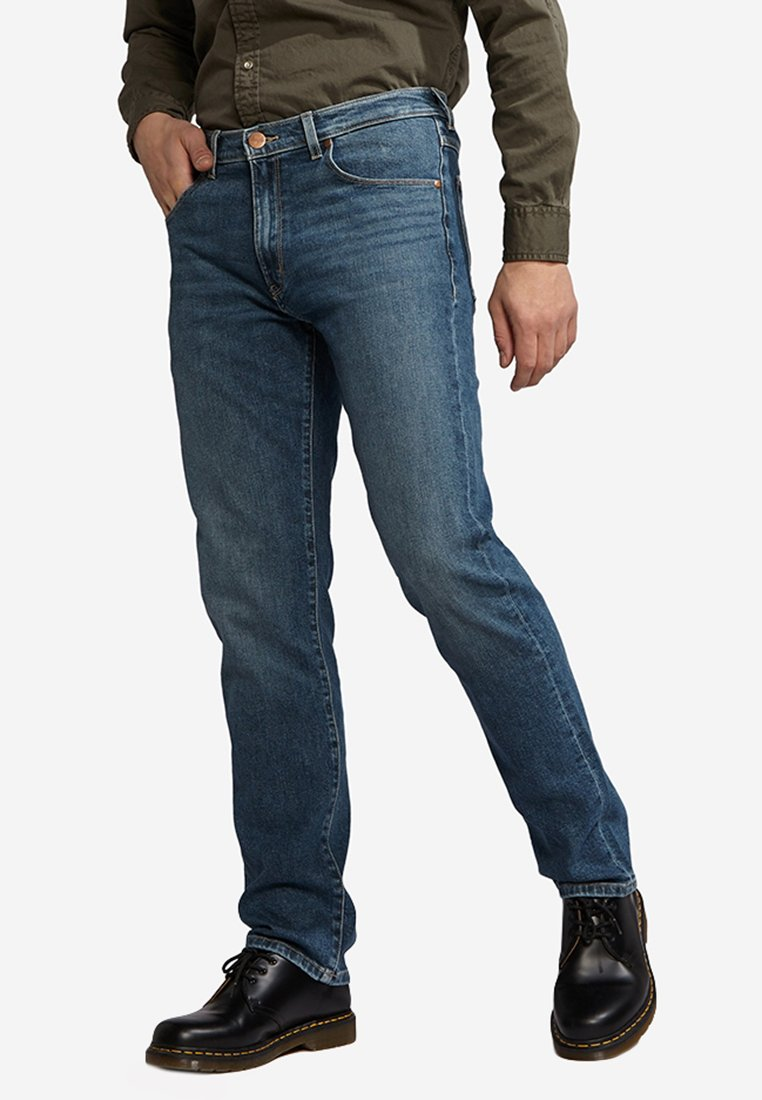 Wrangler - ARIZONA - Straight leg jeans - blue denim