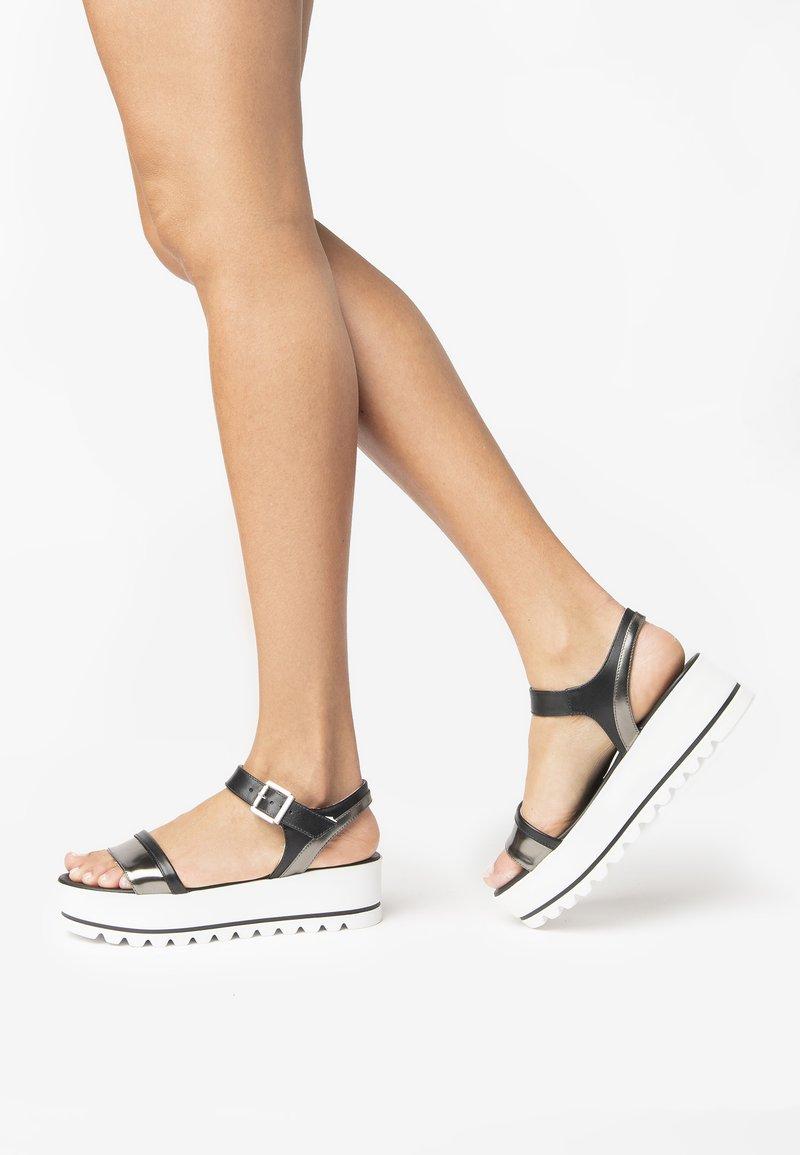 NeroGiardini - Sandals - nero