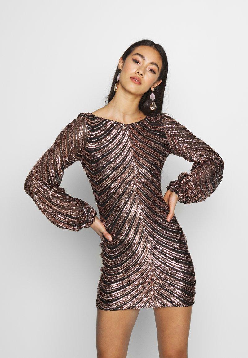 Club L London - SEQUIN BALLOON SLEEVE MINI DRESS - Vestido de cóctel - gold
