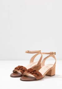 Peter Kaiser - CARYL - Sandals - sable/biscotti - 4