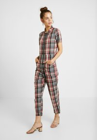 RVCA - Overall / Jumpsuit /Buksedragter - red - 1