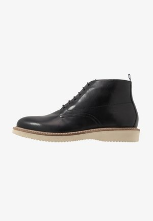 MILLER - Casual lace-ups - luxor black