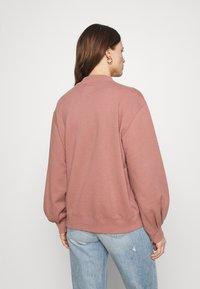 Abercrombie & Fitch - MOCK CREW - Sweatshirt - pink - 2