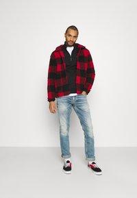 Tommy Jeans - DETAIL MOCK NECK - Sweatshirt - black - 1