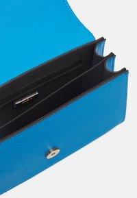 ALDO - CRIWIEL - Across body bag - diva blue/gold-coloured - 2