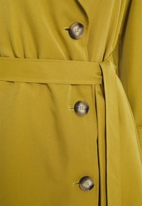 ONLY Petite - ONLLINE - Trench - ecru olive - 2