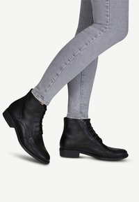 Tamaris - WOMS  - Lace-up ankle boots - black - 0