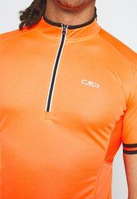 CMP - MAN BIKE - T-Shirt print - flash orange - 5