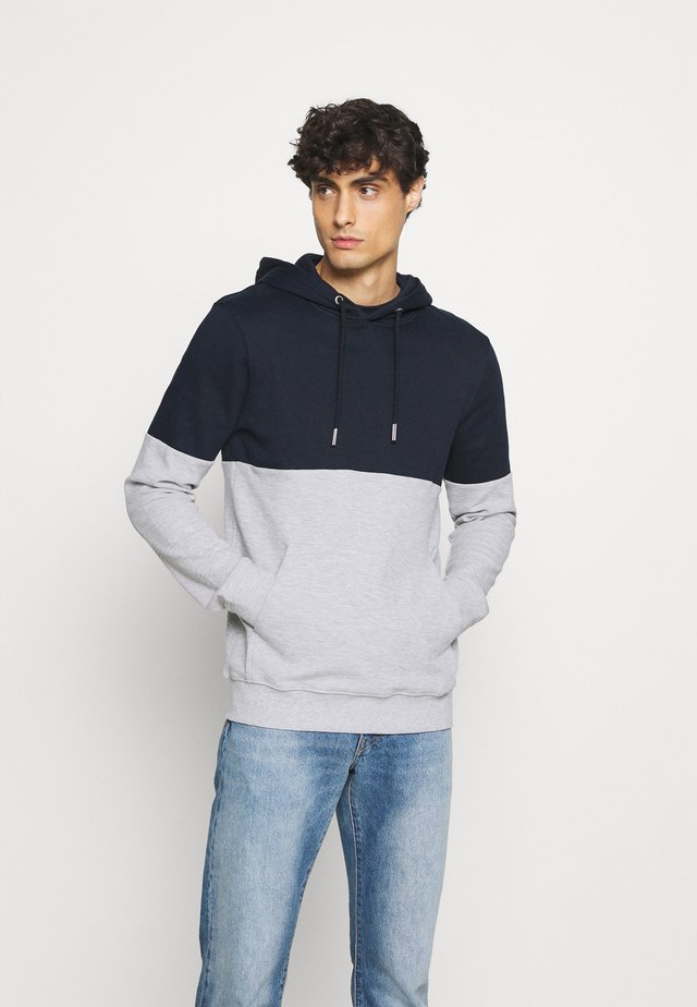 HOODY WITH CUTLINE - Jersey con capucha - sky captain blue