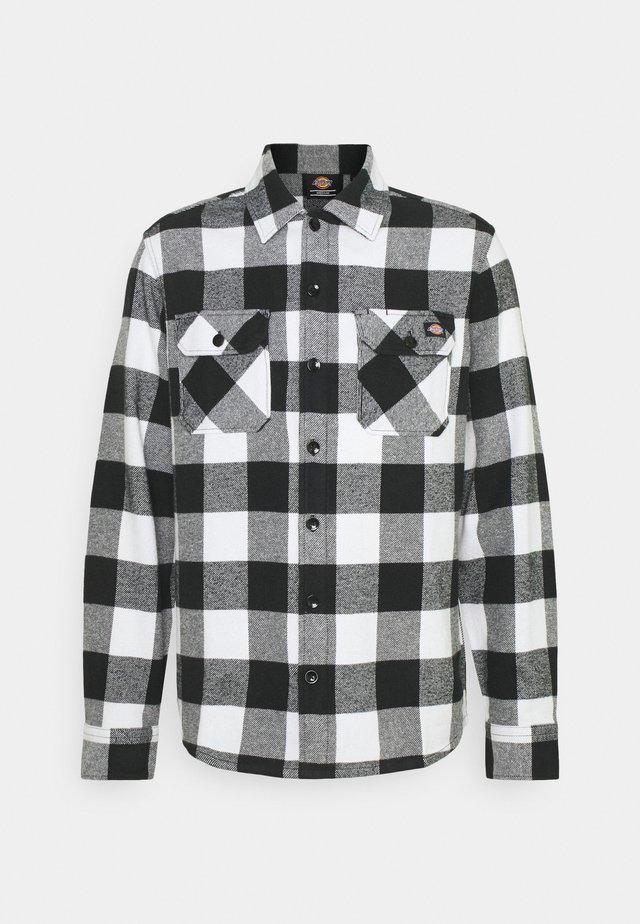 NEW SACRAMENTO - Camisa - black