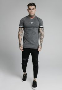 SIKSILK - DUAL CUFF TECH TEE - T-shirt - bas - dark grey marl - 1