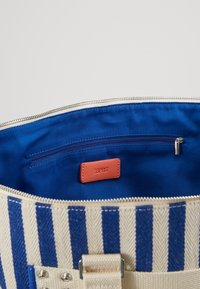 Esprit - TINA TOTE BAG - Shopping bags - bright blue - 4