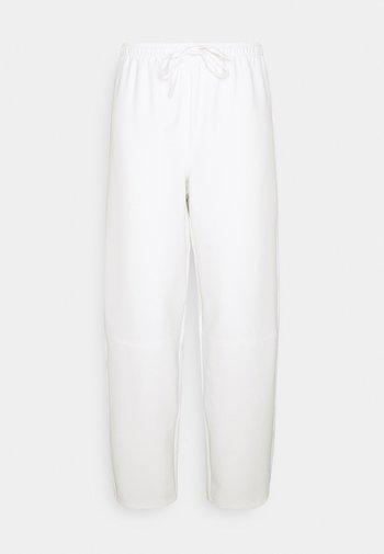 COCOON PANTS - Tygbyxor - white