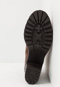 Anna Field Wide Fit - Kotníkové boty na platformě - cognac - 6