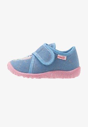 SPOTTY - Slippers - hellblau