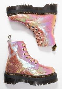 Dr. Martens - MOLLY - Botines con plataforma - pink iridescent - 3