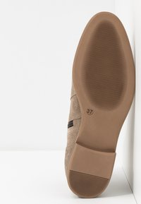 Anna Field - LEATHER ANKLE BOOTS - Ankle boots - beige - 6