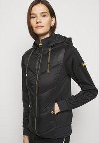 Barbour International - ROE - Light jacket - black - 3