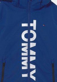 Tommy Hilfiger - PADDED PRINT - Winter jacket - regal navy - 3