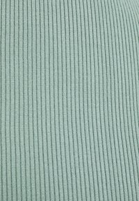 Fashion Union Petite - FLOWLER SKIRT - Mini skirt - green - 2