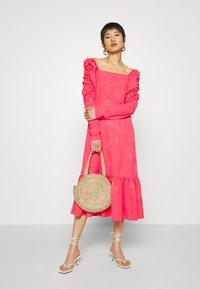 Cras - LISECRAS DRESS - Sukienka letnia - paradise pink - 1