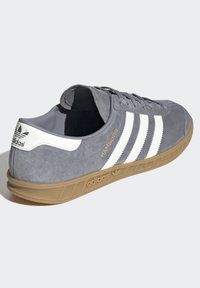 adidas Originals - HAMBURG TERRACE - Trainers - grey core black gum - 4