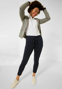 Street One - LOOSE FIT - Trousers - blau - 1
