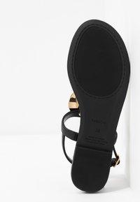 PARFOIS - Sandály s odděleným palcem - black - 6