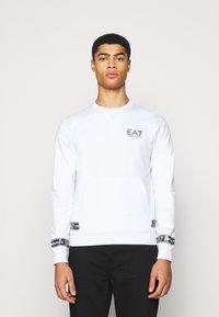 EA7 Emporio Armani - Collegepaita - white/black - 0