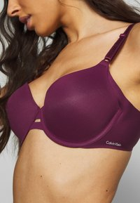 Calvin Klein Underwear - INVISIBLES LIGHTLY LINED - Bøyle-BH - raisin torte - 4