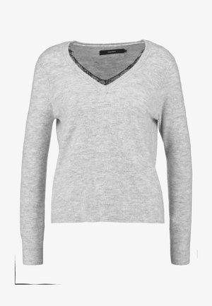 VMIVA VNECK  - Jersey de punto - light grey melange/white melange