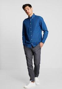 Tommy Hilfiger - SLIM FIT INDIGO TONAL CHECK - Shirt - blue - 1