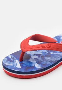 Levi's® - SOUTH BEACH UNISEX - Teenslippers - navy/red - 5